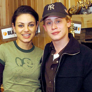 Mila-Kunis-and--Macaulay-Cu.jpg