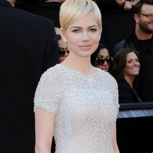 Michelle-williams-in-chanel.jpg