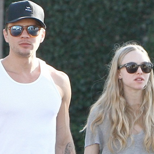 Amanda-Seyfried-and-Ryan-Phillippe.jpg