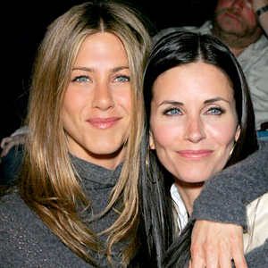 Jennifer-Aniston-and-Courteney-Cox-.jpg