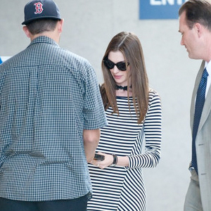 Anne-Hathaway-Arrives-at-LAX.jpg