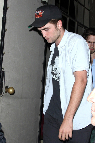 Robert Pattinson4.jpg