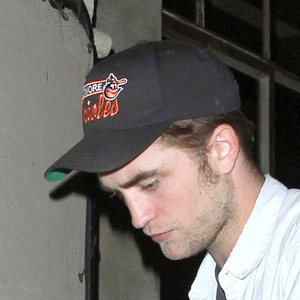 Robert-Pattinson-at-Chateau-Marmont-.jpg
