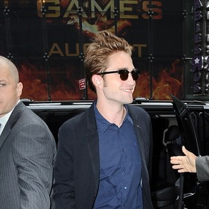 robert-pattinson-smile.jpg