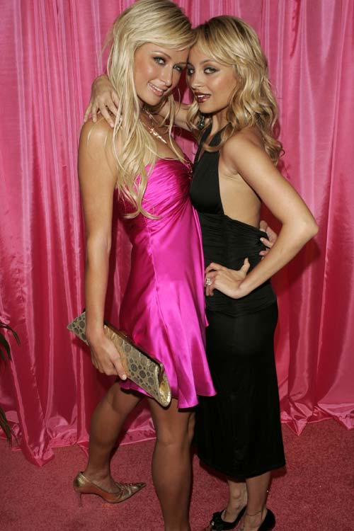 pictures of nicole richie and paris hilton. Paris Hilton and Nicole Richie
