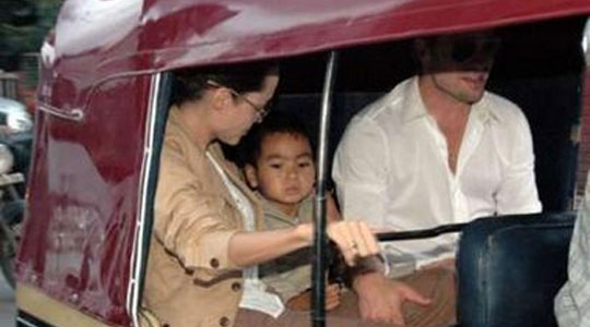 Angelina Jolie & Brad Pitt's bodyguard gets physical