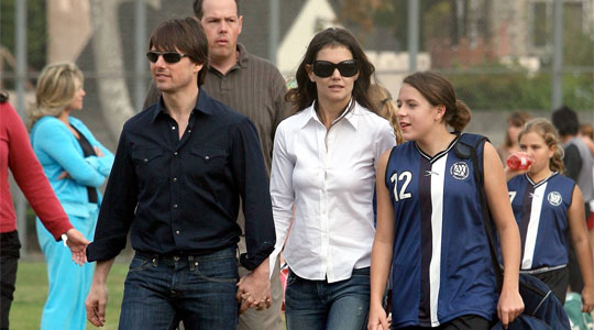 tom cruise and katie holmes wedding pics. tom-cruise-katie-holmes.JPG