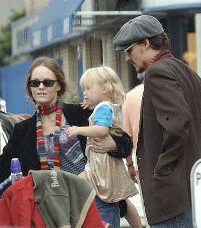 "Johnny Depp's daughter ""seriously ill"""