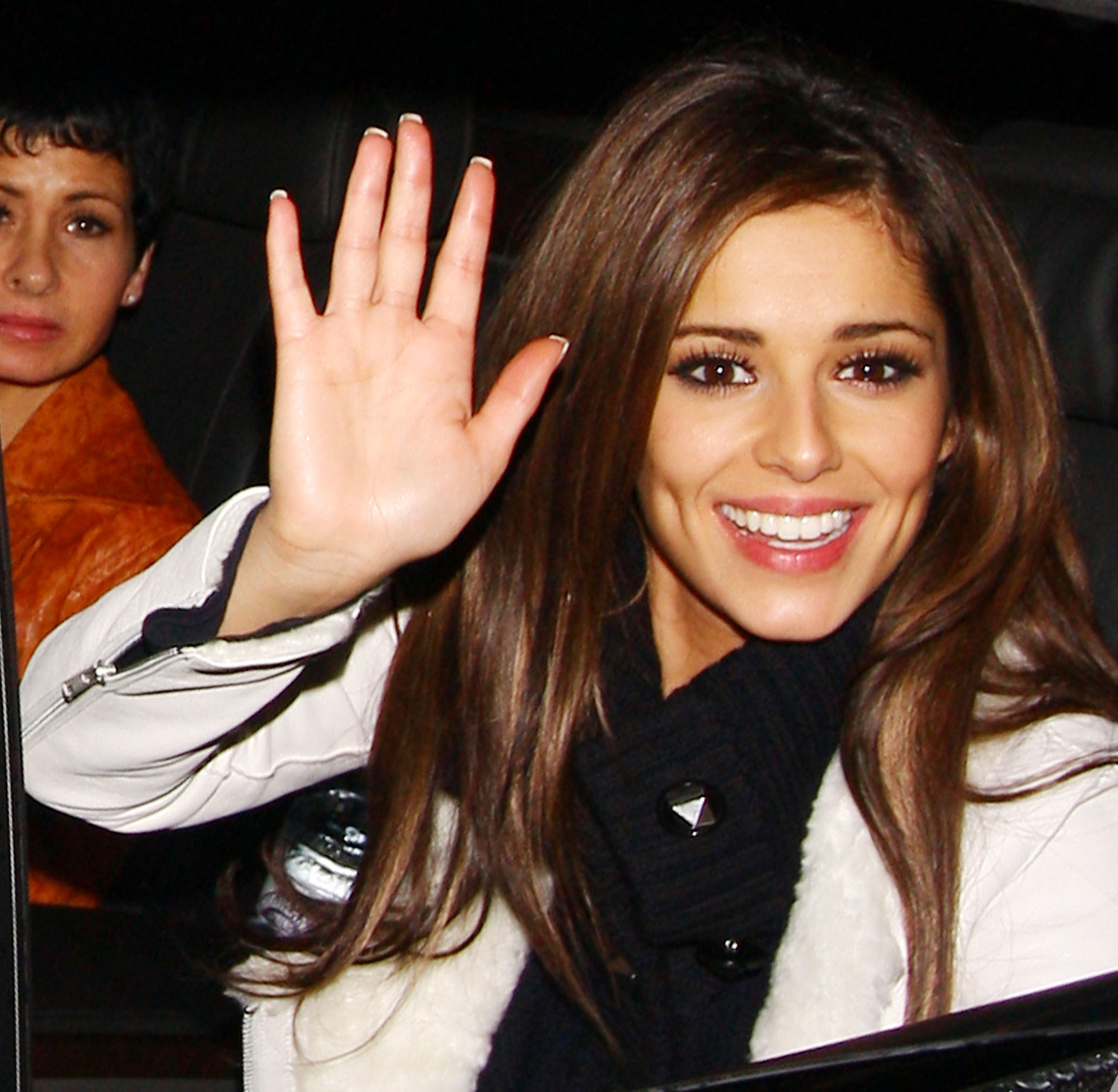 http://thebosh.com/celebritypictures/sites/default/files/photos/image_1/cheryl_cole_2_wenn2216597.jpg