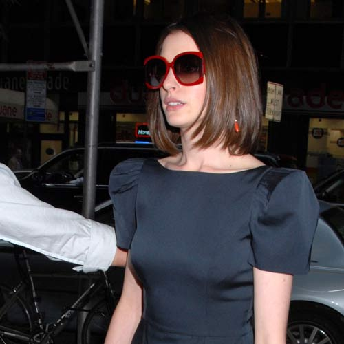 Anne Hathaway's family was so worried about the shady business dealings of
